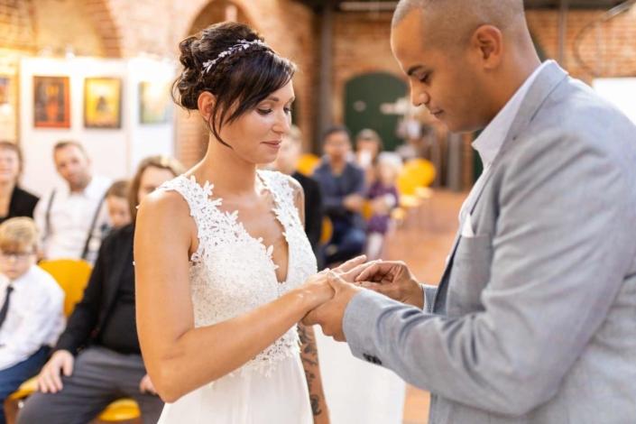 Hochzeit in Tangermünde - Trauung Ringübergabe