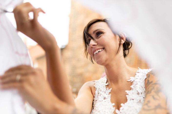 Hochzeit in Tangermünde - Herz ausschneiden